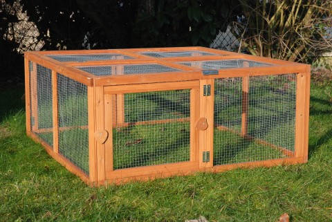 ENCLOS POUR POULES, CANARDS, CAILLES ''RUN OUT''